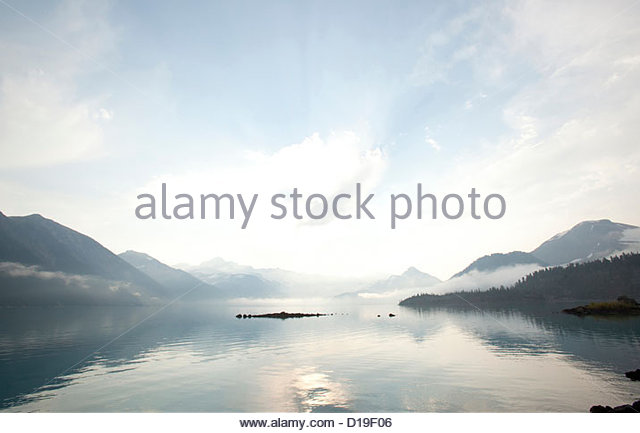 Peaceful scene over lake, Garibaldi Provincial Park, British Columbia, Canada - Stock Image