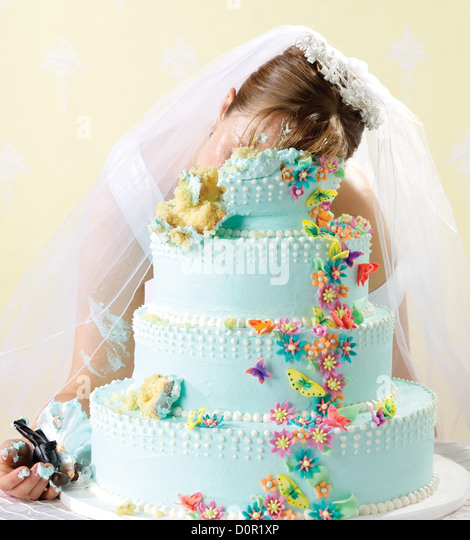Crime scene of bride killed in her wedding cake - Stock Image