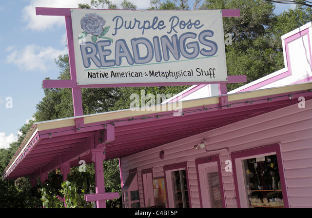 Florida Cassadega Psychic Capital of the World psychic medium metaphysical spiritualist Purple Rose Readings Native - Stock Image