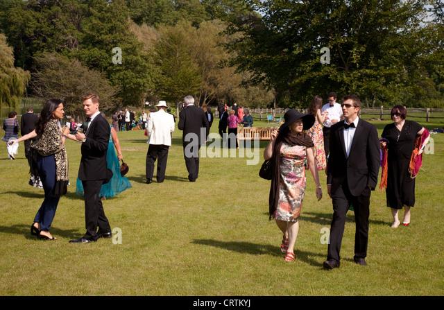 Glyndebourne festival dress code