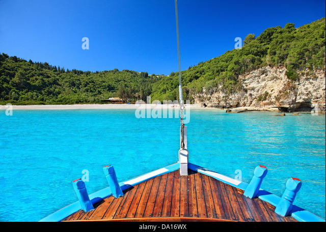 Approaching the exotic Voutoumi beach, Antipaxos ('Antipaxi') island, Ionian Sea, Eptanisa ('Seven Islands'), - Stock Image