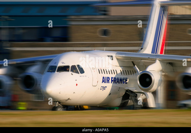 Air France Cityjet British Aerospace BAe 146 200 EI CSL cn E2074 London City LCY EGLC UK England - Stock Image