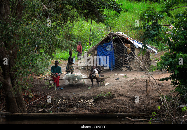 Sangha River . Central African Republic. Africa. A small village on river coast Sangha in deep jungle CAR - Stock-Bilder