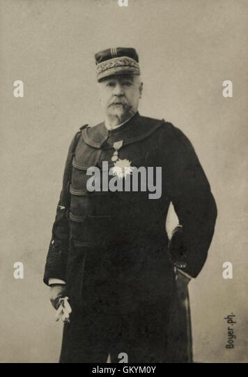 His Portrait Du General Francais Felix Saussier