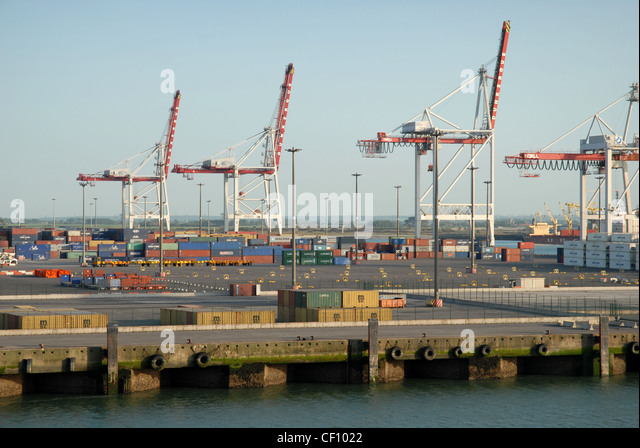 Harbour with boats at dunkirk stock photos harbour with boats at dunkirk stock images alamy - Dunkirk port france address ...