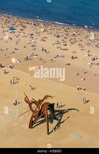 ESP Spanien Barcelona Barceloneta beach Sculpture birds eye view  - Stock Image