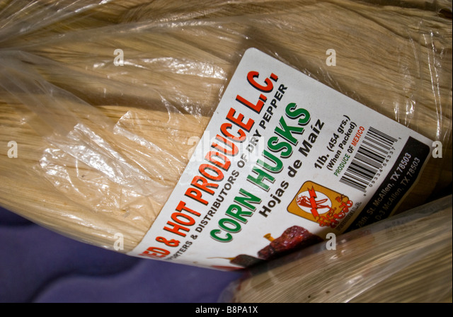 Corn husks Mexican foods at vegetable produce market San Antonio Texas Tx hojas de maiz - Stock Image