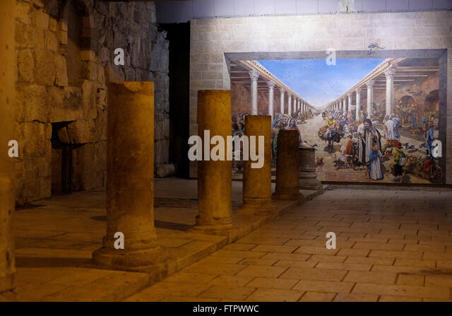 Cardo jerusalem stock photos cardo jerusalem stock for Ancient roman mural