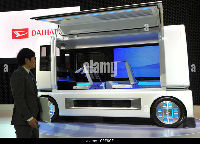 November 30, 2011, Tokyo, Japan - Daihatsu exhibits FC ShoCase during a press preview of the Tokyo Motor Show on - Stock Image