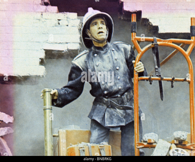 THE EARLY BIRD 1965 Rank film with Norman Wisdom - Stock Image