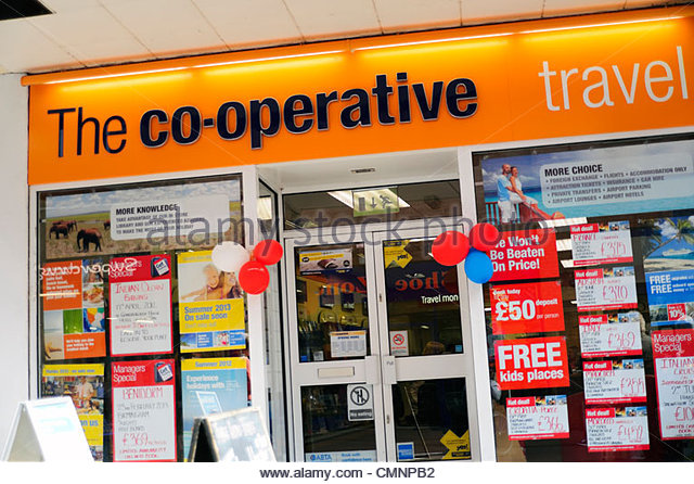Co-operative travel agents shop in Kidderminster, UK. - Stock-Bilder