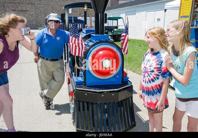 Wisconsin Kenosha Kenosha County Fairgrounds The Ultimate Kid Fest family event woman girl mother daughter man kid's - Stock Image