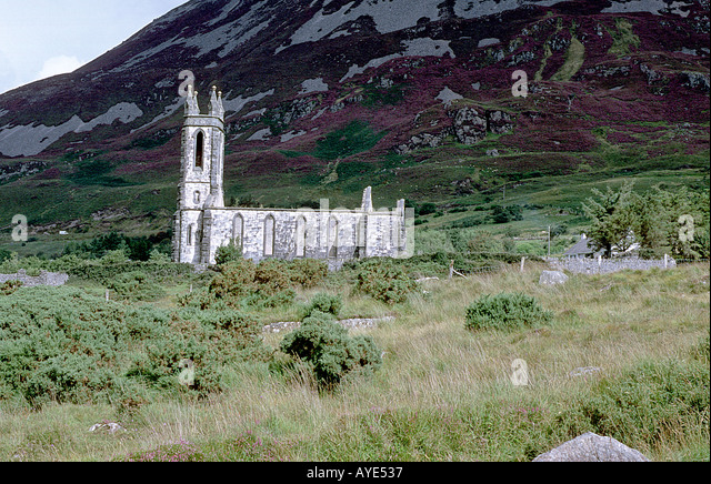 kenmare catholic singles Freestanding cruciform-plan single- and double-height gothic revival style roman catholic church, dated 1863, designed by hansom comprising five-bay double-height nave, five-bay single-storey lean-to aisles to north-east and to south-west elevations, single-bay double-height transepts to north-east and to south-west, single-bay three.
