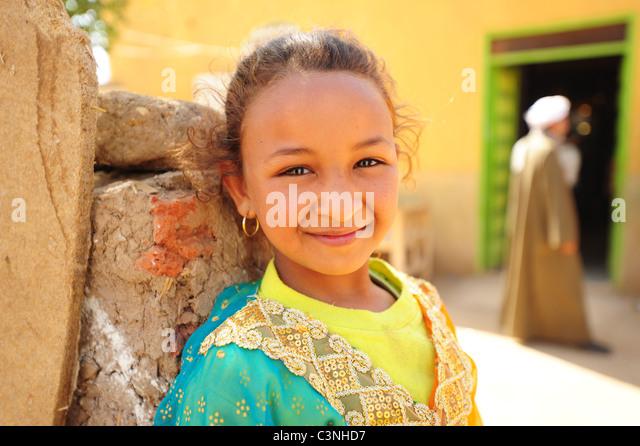 africa-middle-east-egypt-egyptian-girl-p