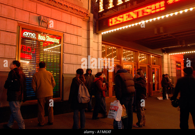amc loews lincoln square 13 movie times showtimes and