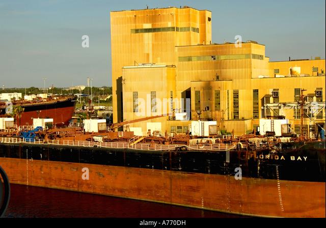 Tampa Florida, Port of Tampa red cargo ship at dock - Stock Image