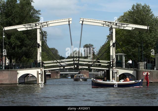 Amsterdam Bridge Open Stock Photos Amp Amsterdam Bridge Open
