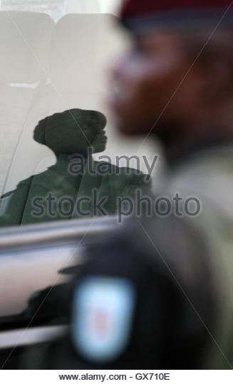 Soldiers stand guard at a campaign rally for Democratic Republic of Congo's (DRC) President Joseph Kabila in - Stock-Bilder