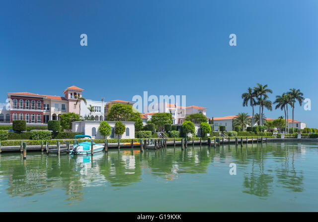 Luxury homes stock photos luxury homes stock images alamy for Luxury home builders usa