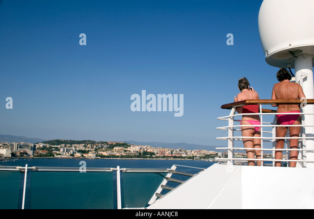 Bikini clad Cruse Ship Passengers, Cagliari, Sardinia - Stock Image