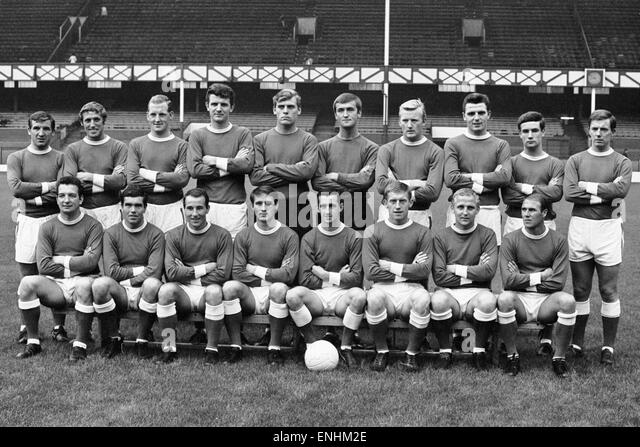 Everton football squad pre season photograph. Top row left to right: Johnny Morrissey, Jimmy Harris, Sandy Brown, - Stock Image