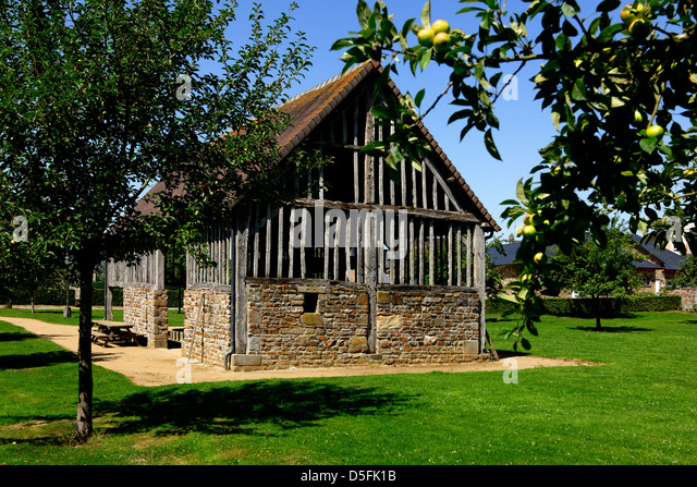 Traditional cider press building, Lonlay l'Abbaye, Normandy, France - Stock Image