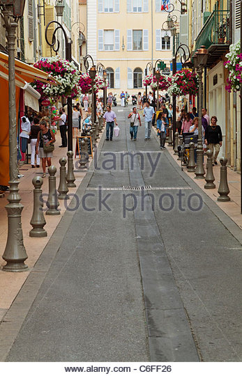 Rue G. Clemenceau, Antibes, Cote D' Azur, France. - Stock Image