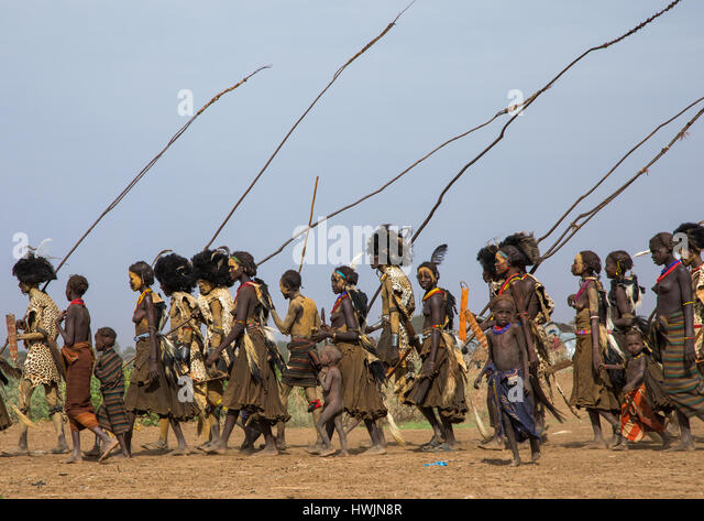 Dimi ceremony in the Dassanech tribe to celebrate circumcision of teenagers, Omo Valley, Omorate, Ethiopia - Stock-Bilder