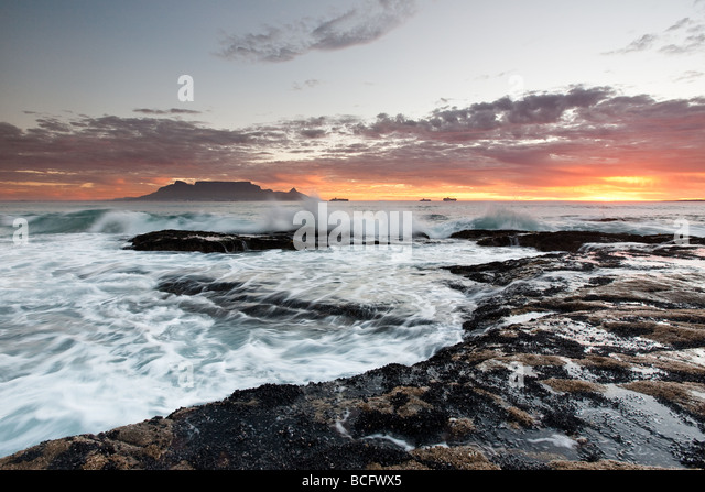 Table Mountain, Cape Town, Atlantic Ocean, Table View, Blouberg Strand, Blouberg Beach, Sunset, Atlantic Seaboard, - Stock Image