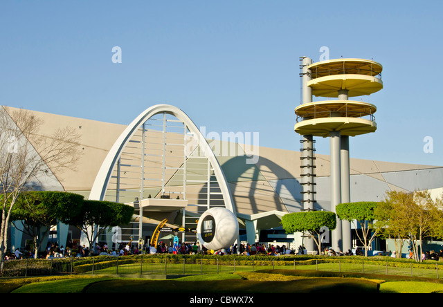 Men in Black Alien Attack attraction exterior and tourists at Universal Studios Orlando Florida - Stock Image