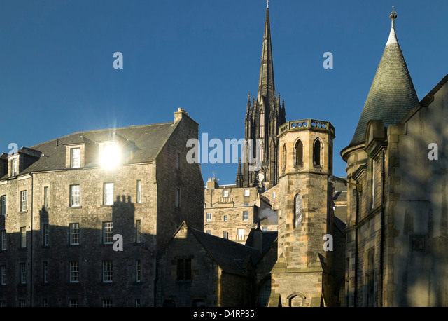 old town architecture in moody light grassmarket with st giles cathedral - Stock Image
