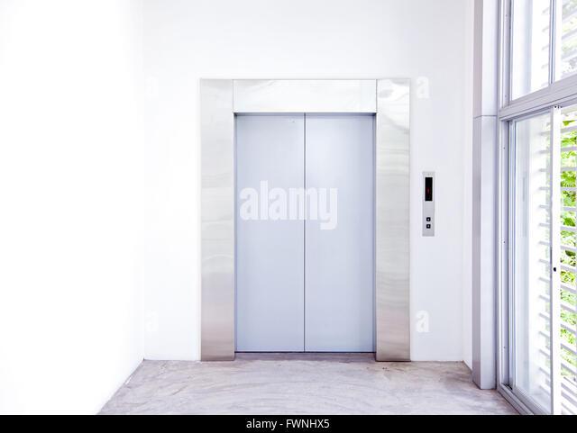 Hotel Elevator Lobby Stock Photos Amp Hotel Elevator Lobby