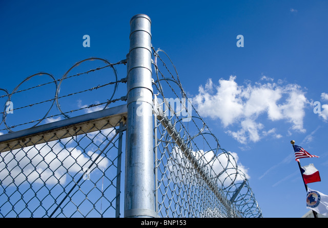 Barbed Wire Texas Stock Photos Amp Barbed Wire Texas Stock