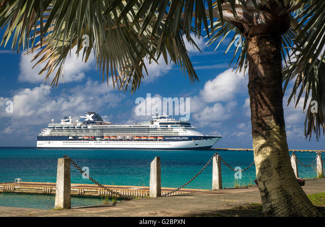 Celebrity Constellation cruise ship docked at Frederiksted, St Croix, US Virgin Islands, West Indies - Stock-Bilder