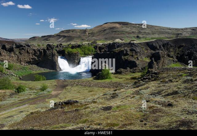 Vaterfall Hjalparfoss, double, lagoon - Stock-Bilder