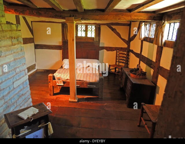 Was owned by william shakespeares daughter stock photos for Tudor style bedroom