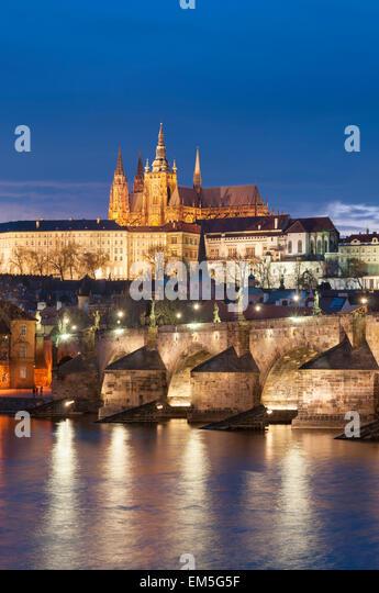 St Vitus Cathedral and Charles Bridge River Vltava Prague, Czech Republic - Stock Image