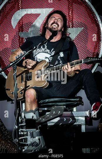 Bologna, Italy. 13th November, 2015.  Foo Fighters perform live at Unipo Arena © Roberto Finizio/ Alamy Live - Stock Image