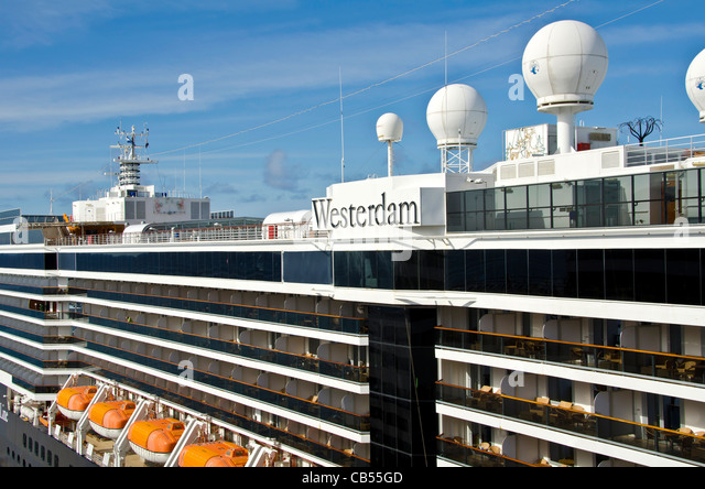 Holland America Westerdam Caribbean cruise ship at St. Maarten cruise pier - Stock Image
