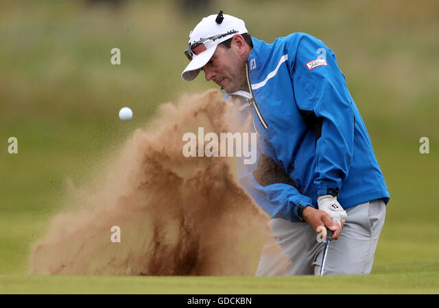 USA's Ben Curtis plays out of the bunker during day two of The Open Championship 2016 at Royal Troon Golf Club, - Stock Image