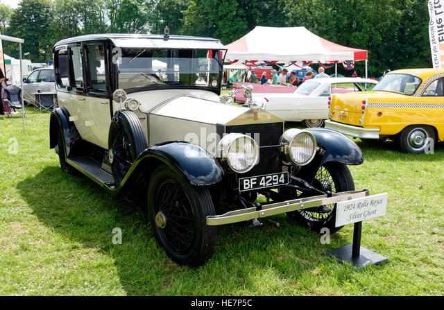 A 1924 Rolls Royce Silver Ghost at the 2014 Stockton Nostalgia Show, Wiltshire, United Kingdom. - Stock-Bilder