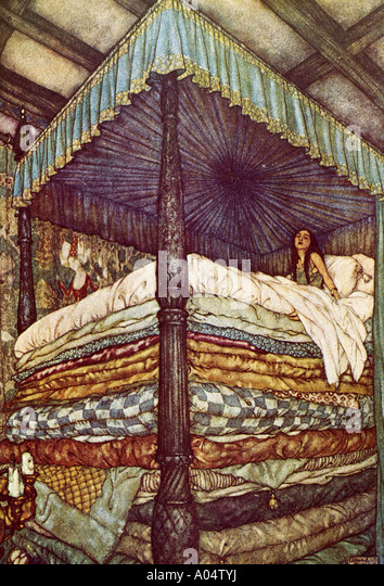 PRINCESS AND THE PEA a 1911 illustration of the classic fairy tale - Stock Image