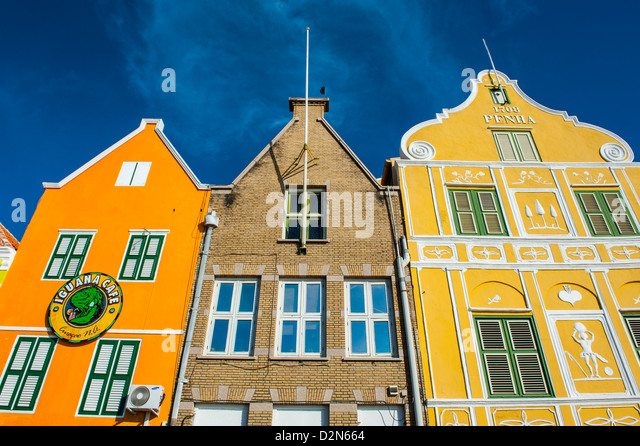Dutch houses at the Sint Annabaai in Willemstad, Curacao, ABC Islands, Netherlands Antilles, West Indies - Stock Image