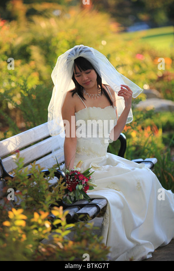 Kitchener Ontario Bridal