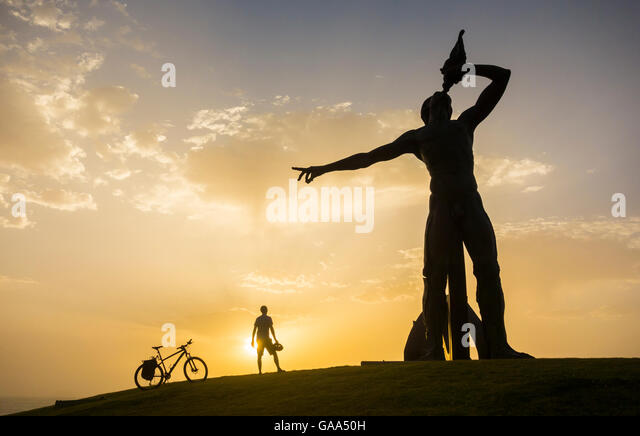 Standing next to statue stock photos standing next to - Standing canarias ...