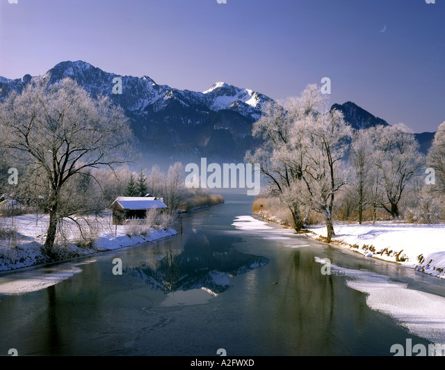 DE - BAVARIA:  River Loisach at Kochel - Stock-Bilder