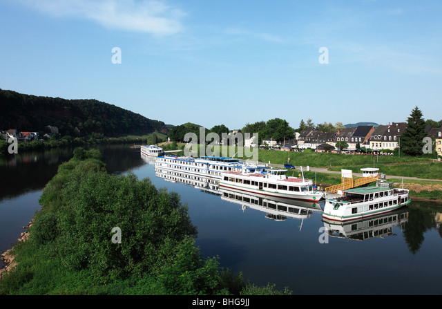 Tour boats moored on the rhine - Stock Image