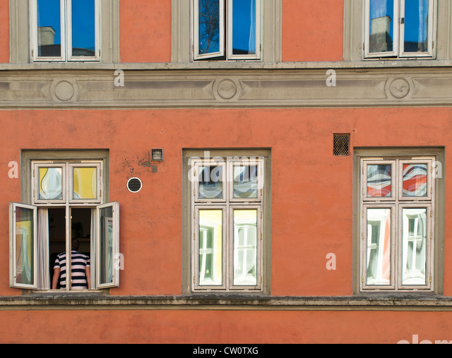 Parts of old apartment blocks in central Oslo painted in a colourful manner - Stock-Bilder