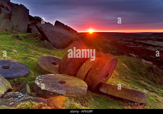 Sunrise Over Millstones Below Stanage Edge, Above Hathersage, Peak District National Park, Derbyshire, England, - Stock Image