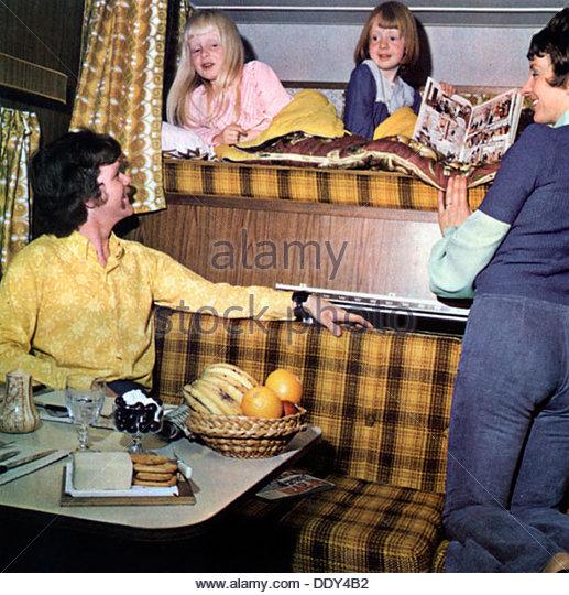 Family in a Suntracker caravan motorhome, 1970s. - Stock-Bilder